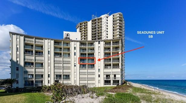 5400 N Ocean Drive Unit 5b, Riviera Beach, FL - USA (photo 1)