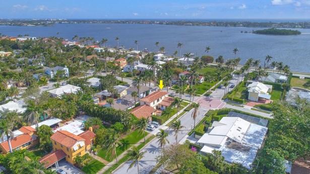 3517 Washington Road, West Palm Beach, FL - USA (photo 2)