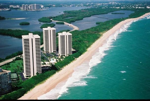 5510 N Ocean Drive Unit 3 B, Riviera Beach, FL - USA (photo 1)