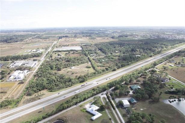 2211 S Rock Road, Fort Pierce, FL - USA (photo 5)