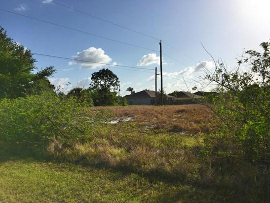 4189 Sw Port Lucie Bv Street, Port St. Lucie, FL - USA (photo 2)