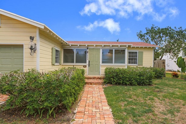 209 Lakeland Drive, West Palm Beach, FL - USA (photo 2)