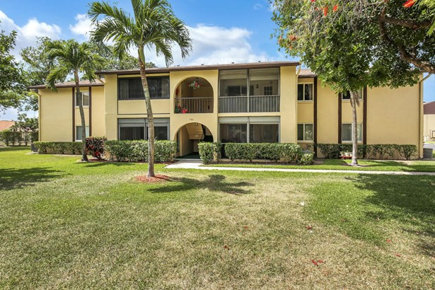 306 Pine Ridge Circle Unit B-2, Greenacres, FL - USA (photo 1)