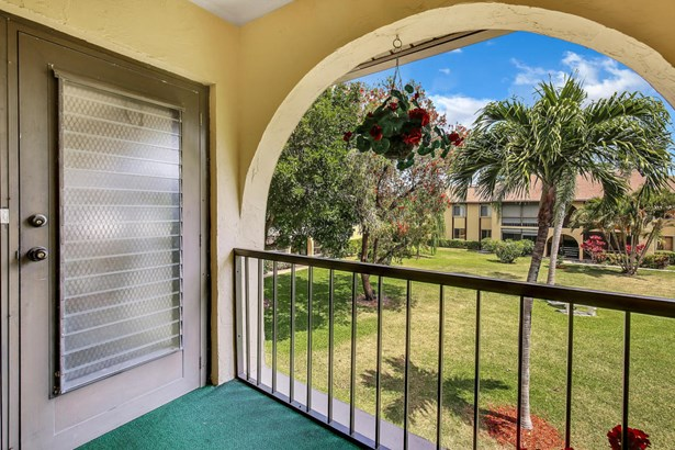 306 Pine Ridge Circle Unit B-2, Greenacres, FL - USA (photo 2)