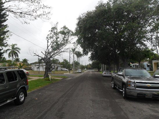 1810 Major Drive, Lake Worth, FL - USA (photo 5)