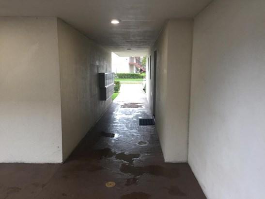 502 Davis Road Unit 11, Palm Springs, FL - USA (photo 5)