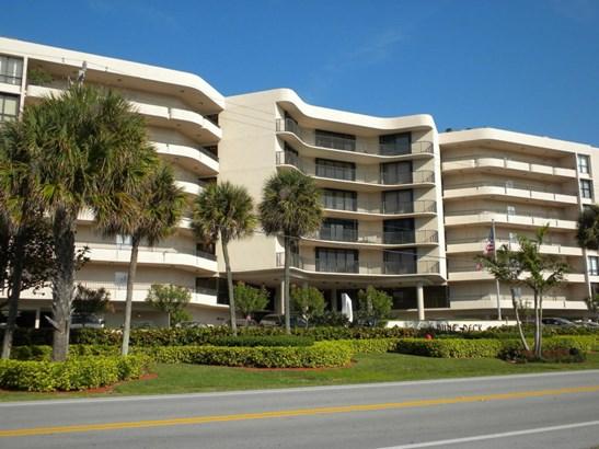 3610 S Ocean Blvd. Unit 409, South Palm Beach, FL - USA (photo 1)