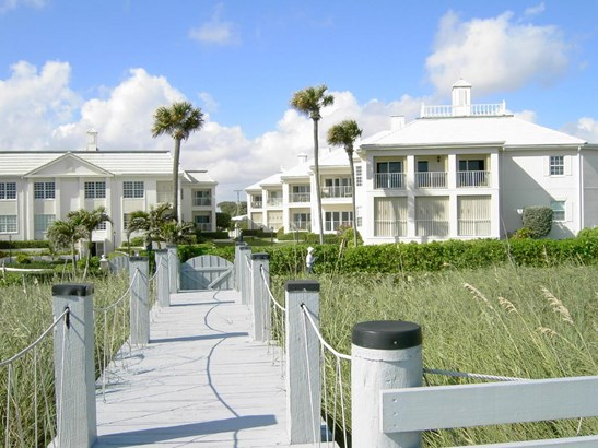 5900 Old Ocean Boulevard Unit B4, Ocean Ridge, FL - USA (photo 1)