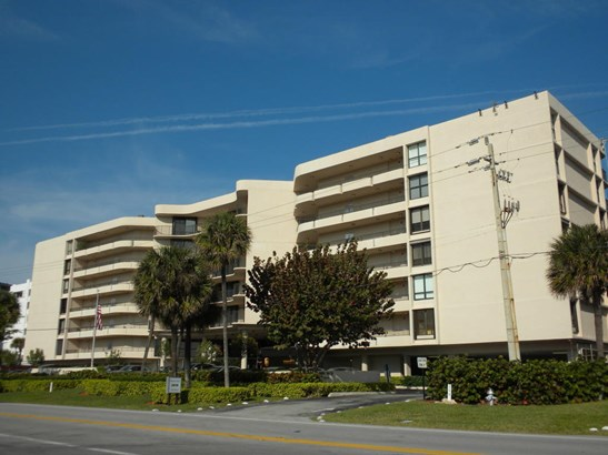 3610 S. Ocean Blvd. Unit 311, South Palm Beach, FL - USA (photo 1)