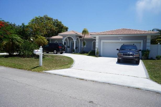 1061 Bimini Lane, Singer Island, FL - USA (photo 1)