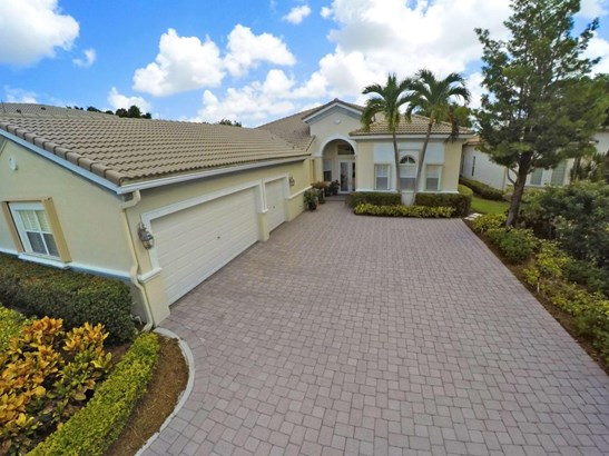7688 Ironhorse Boulevard, West Palm Beach, FL - USA (photo 1)