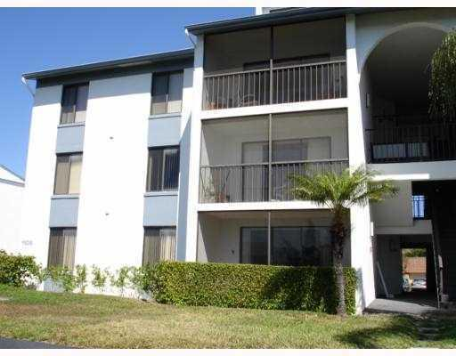 1108 Green Pine Boulevard Unit G1, West Palm Beach, FL - USA (photo 2)