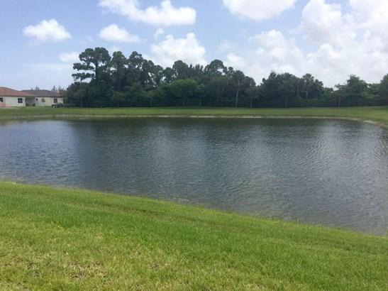 4778 Capital Drive, Lake Worth, FL - USA (photo 2)
