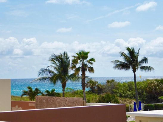 145 S Ocean Avenue Unit 211, Palm Beach Shores, FL - USA (photo 4)