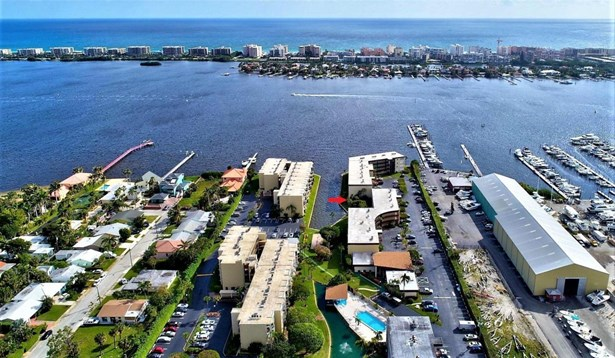 200 Waterway Drive Unit 109, Lantana, FL - USA (photo 2)