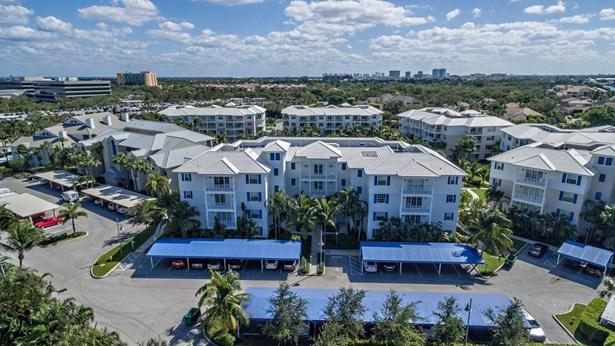 321 Bay Colony Drive Unit 321, Juno Beach, FL - USA (photo 2)