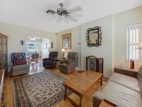919 N Palmway, Lake Worth, FL - USA (photo 2)