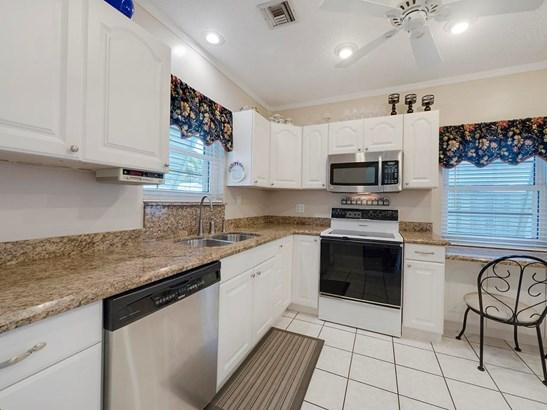 919 N Palmway, Lake Worth, FL - USA (photo 4)
