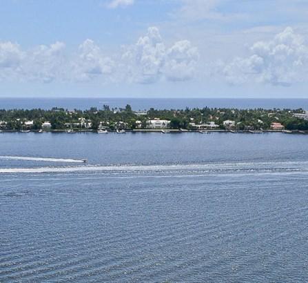 1551 N Flagler Drive Unit Uph11, West Palm Beach, FL - USA (photo 4)
