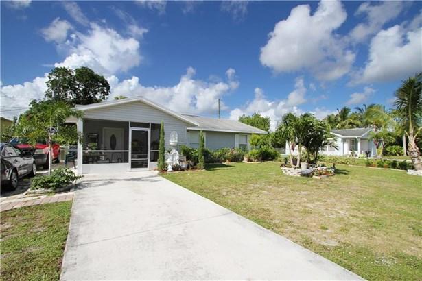 820 Se 15th Street, Stuart, FL - USA (photo 2)