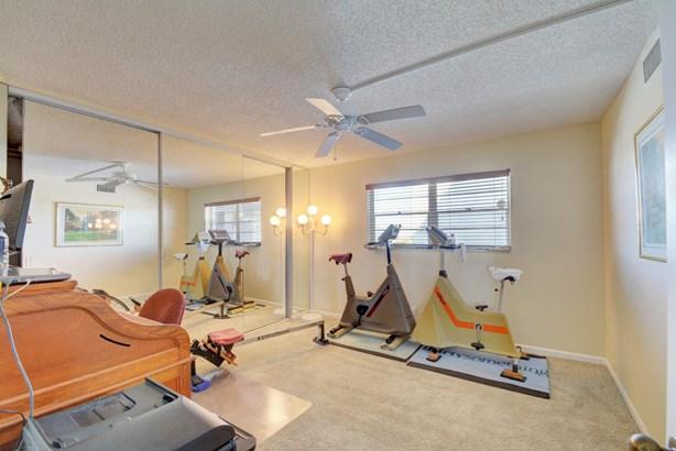 301 Lake Shore Drive Unit 708, Lake Park, FL - USA (photo 5)
