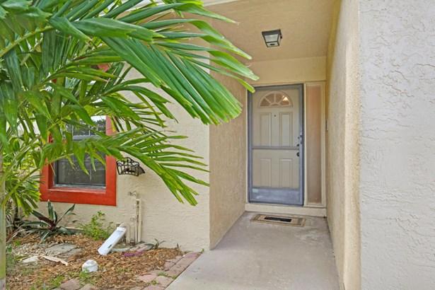 9740 Nw 76th Court, Tamarac, FL - USA (photo 2)