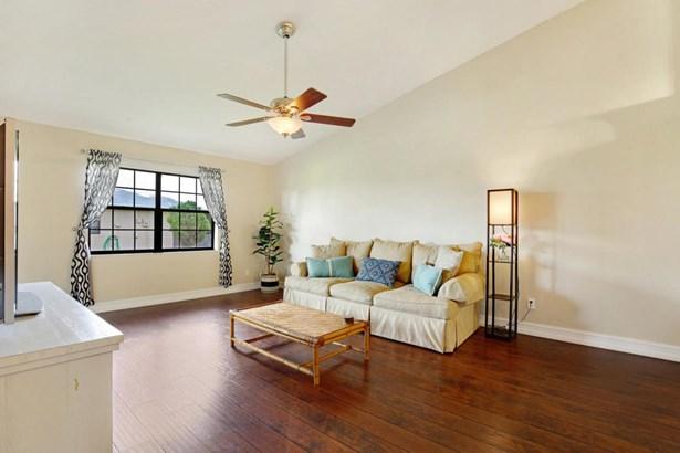 9740 Nw 76th Court, Tamarac, FL - USA (photo 3)