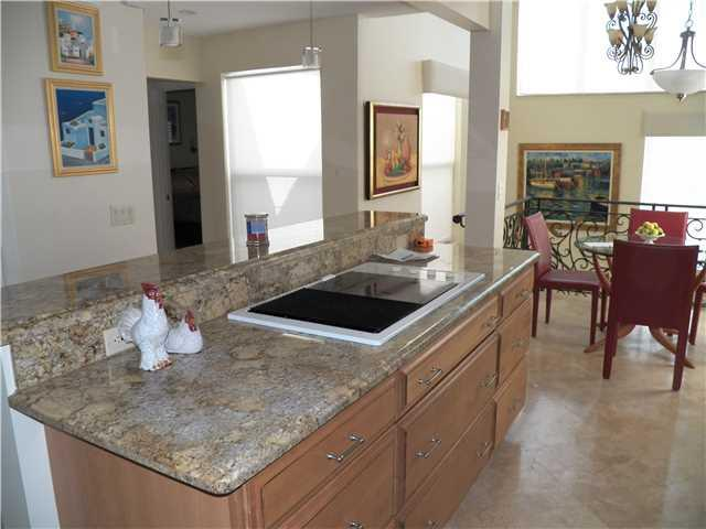 2051 Ne Ocean Blvd A21, Stuart, FL - USA (photo 3)