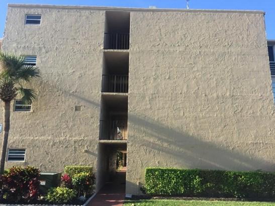225 Bonnie Boulevard Unit 104, Palm Springs, FL - USA (photo 2)