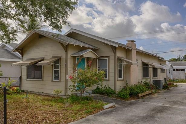 414 47th Street, West Palm Beach, FL - USA (photo 2)
