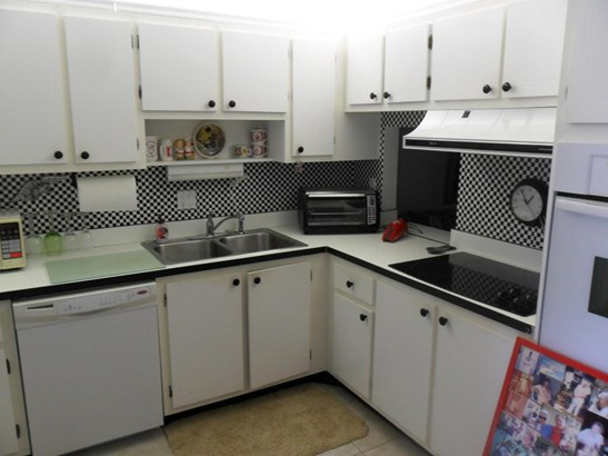 2886 Fernley Drive Unit 77, West Palm Beach, FL - USA (photo 4)