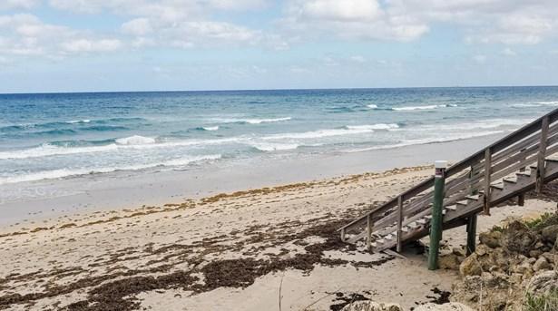 4000 S Ocean Boulevard Unit 403, South Palm Beach, FL - USA (photo 2)
