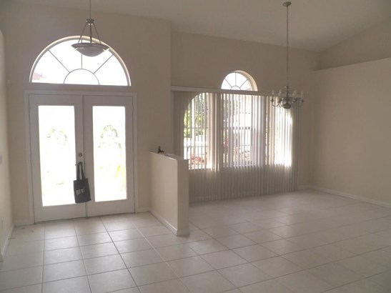 5471 Nw Thyer Circle, Port St. Lucie, FL - USA (photo 2)