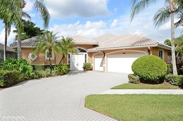 8909 Lakes Boulevard, West Palm Beach, FL - USA (photo 1)