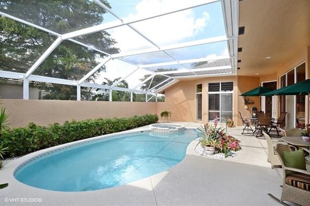 8909 Lakes Boulevard, West Palm Beach, FL - USA (photo 2)