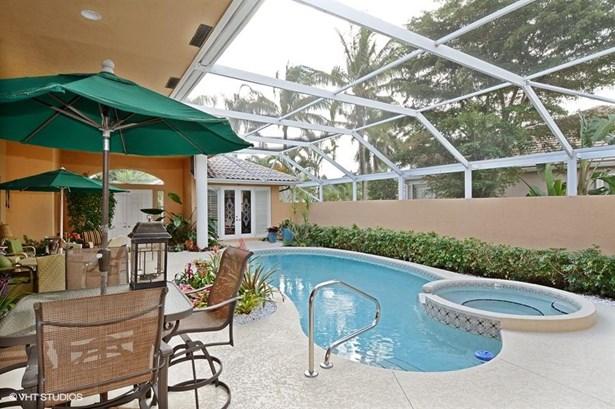 8909 Lakes Boulevard, West Palm Beach, FL - USA (photo 3)