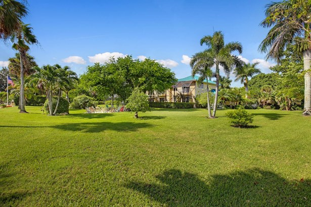13750 Old Prosperity Farms Road, Palm Beach Gardens, FL - USA (photo 5)