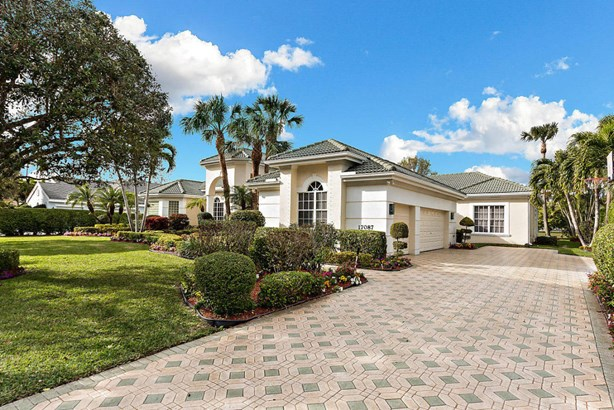 17087 Gulf Pine Circle, Wellington, FL - USA (photo 2)