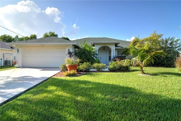 6389 Nw Regal Circle, Port St. Lucie, FL - USA (photo 1)