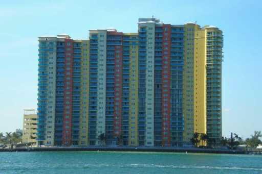 2650 Lake Shore Drive Unit 802, Riviera Beach, FL - USA (photo 1)
