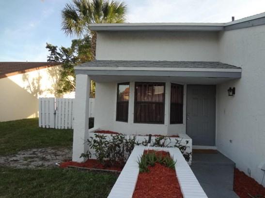8 Verwood Way, Boynton Beach, FL - USA (photo 2)