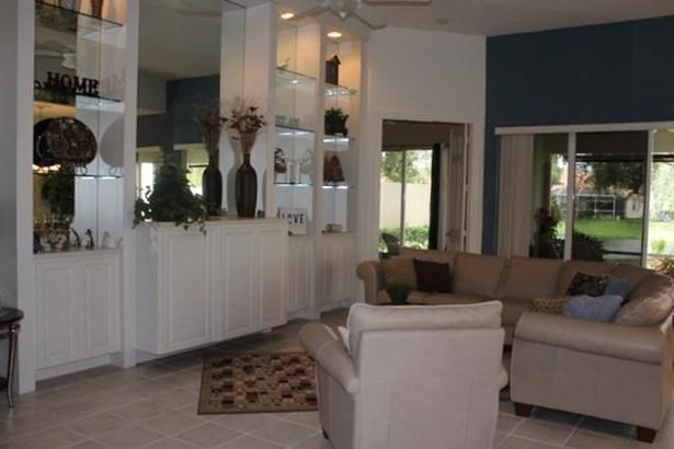 2745 Kittbuck Way, West Palm Beach, FL - USA (photo 3)