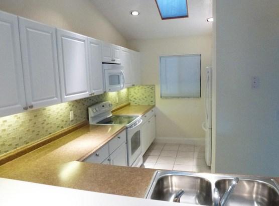 2205 Sw 22nd Avenue Unit 2020, Delray Beach, FL - USA (photo 5)