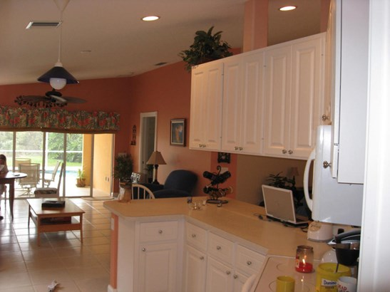 10792 Sw Elsinore Drive, Port St. Lucie, FL - USA (photo 3)