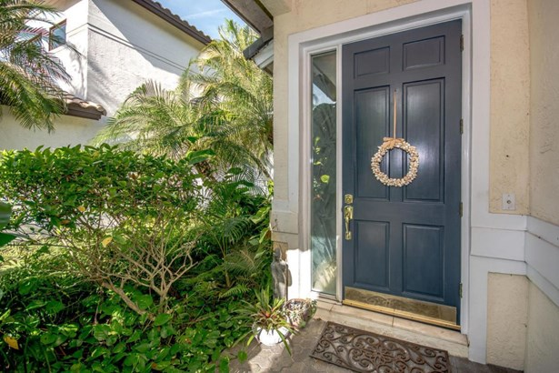 2193 Regents Circle, West Palm Beach, FL - USA (photo 5)