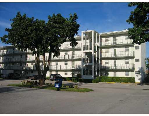 711 Lori Drive Unit 203, Palm Springs, FL - USA (photo 2)