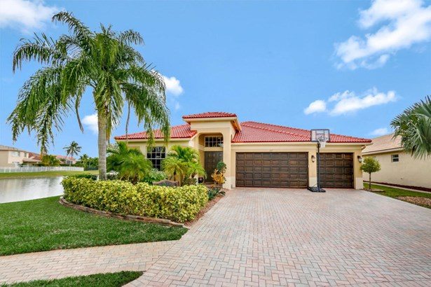 227 Bella Vista Way, Royal Palm Beach, FL - USA (photo 1)