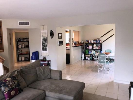 124 Weybridge Circle Unit D, Royal Palm Beach, FL - USA (photo 4)