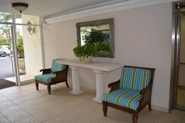 3575 S Ocean Boulevard Unit 407, South Palm Beach, FL - USA (photo 3)