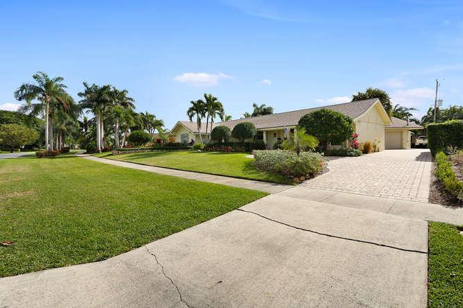812 Anchorage Drive, North Palm Beach, FL - USA (photo 1)